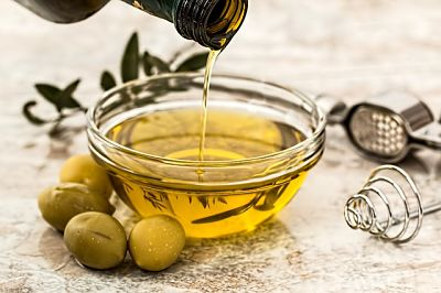 The Lowdown on Oils - Extra Virgin Olive Oil