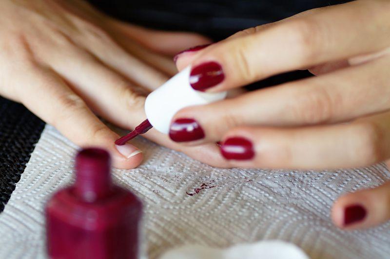 Painting Nails with Nail Polish